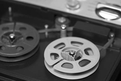 Opplev gamle lydbånd - Video Aktiv - Digitalisering av filmruller